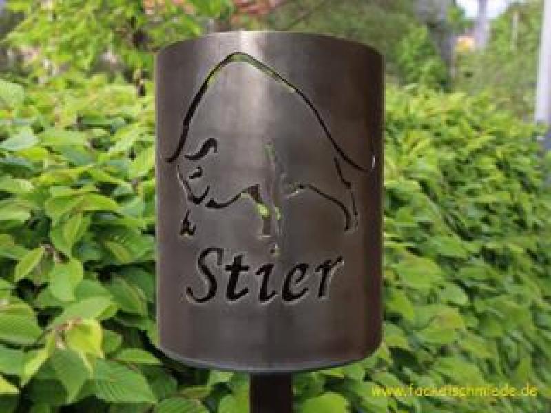 Bild Gartenfackel Sternzeichen Stier