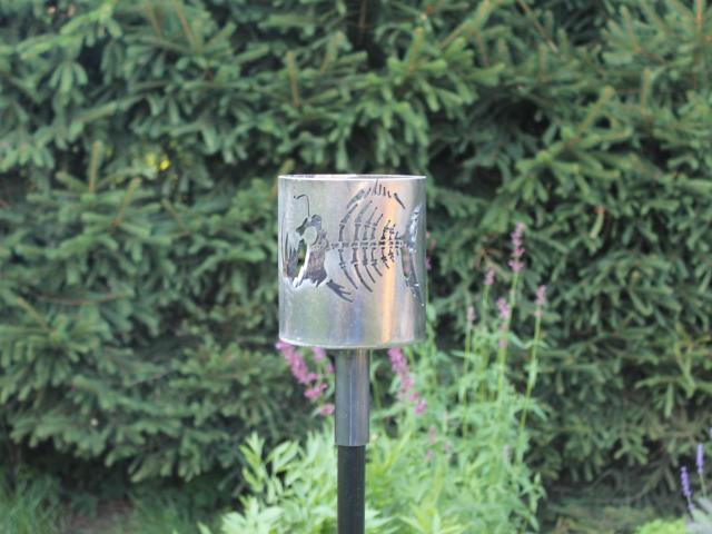 Bild Gartenfackel Motiv Anglerfischskelett