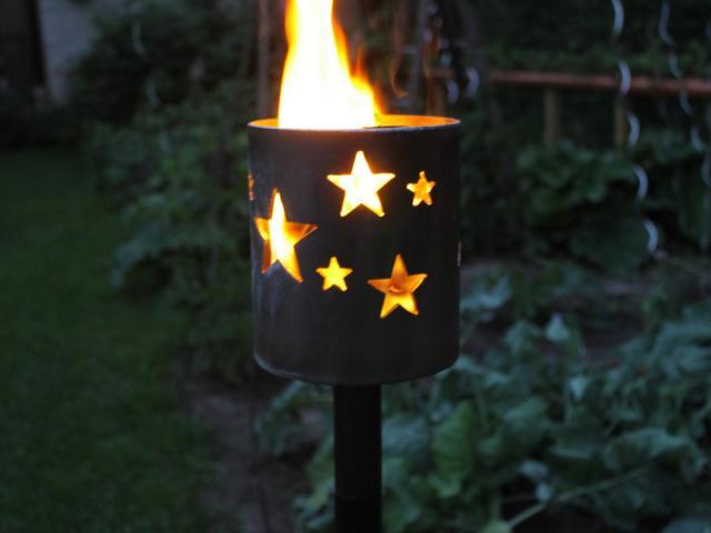 Bild Gartenfackel Sterne 139,7 x 155