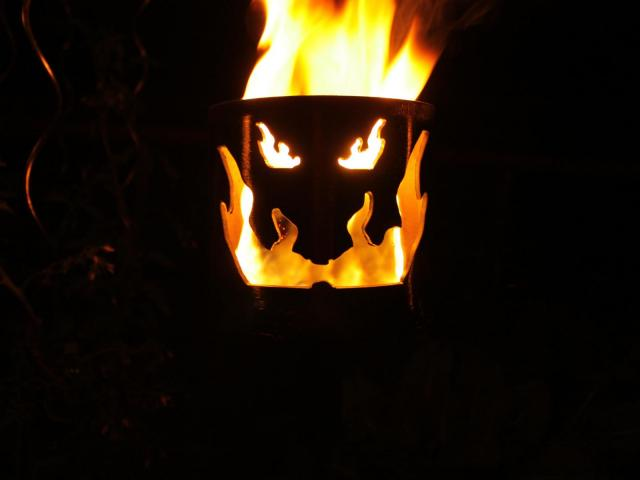 Bild Gartenfackel Halloweenfratze 159 x 155